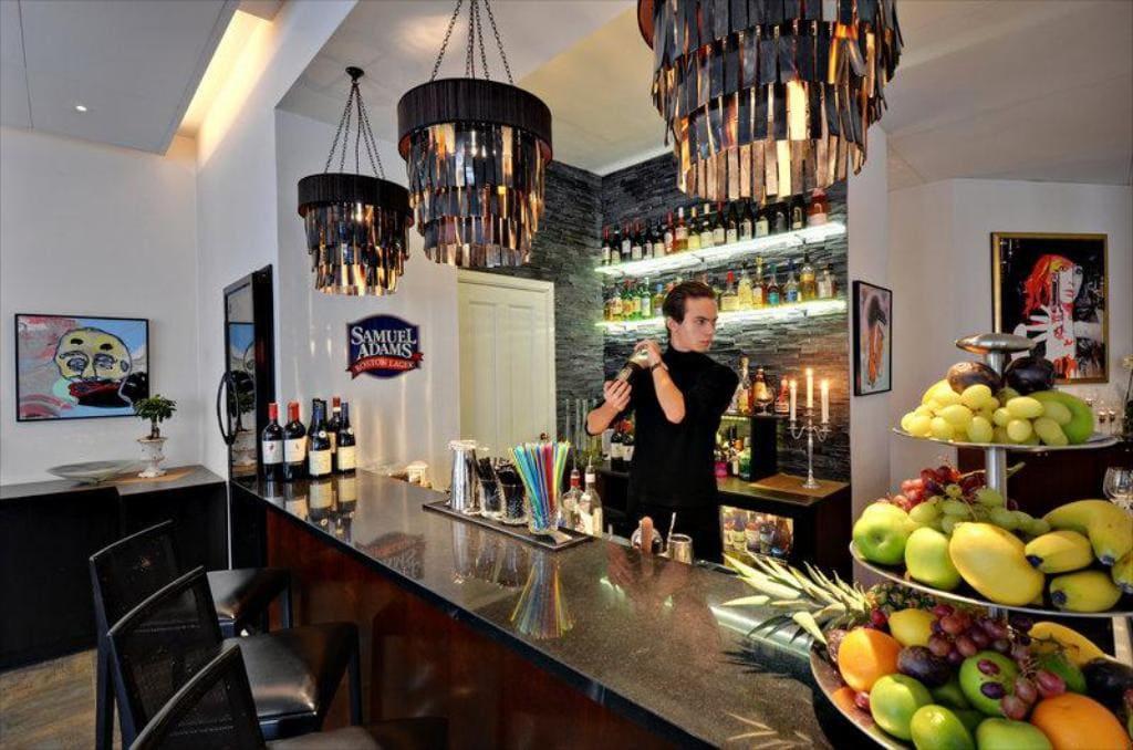 Hansson's Bistro och Lounge
